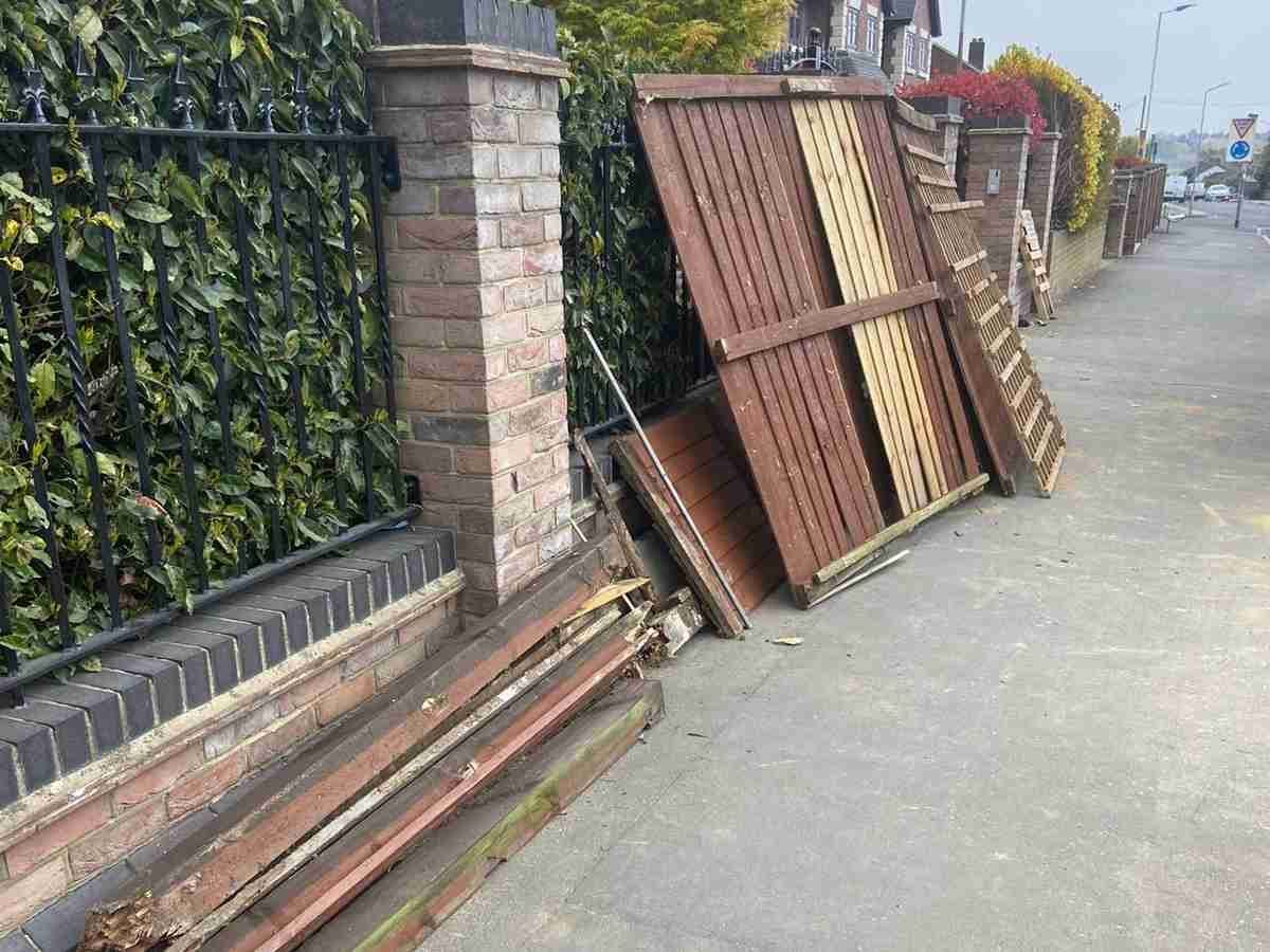 garden-fence-removal-before